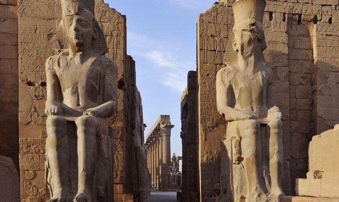 Un team italiano alla scoperta di camere segrete nella tomba di Tutankhamon