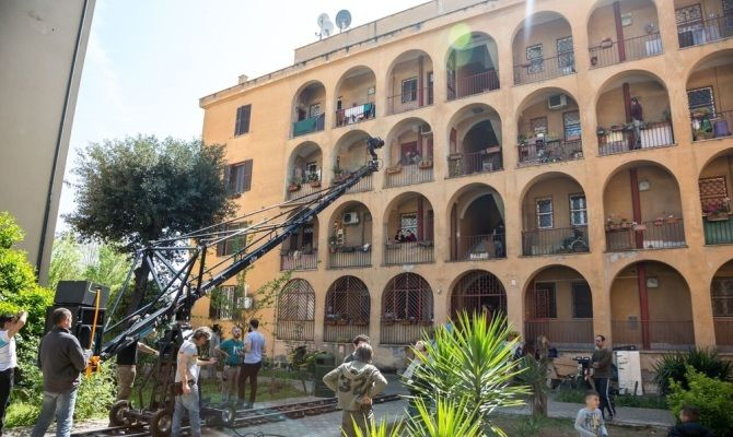 Roma. Sebastiano Riso aggredito nel palazzo dove vive